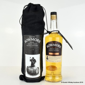 Bowmore_hand_batch12