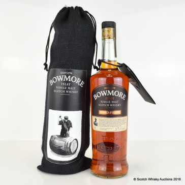 Bowmore_hand_batch5